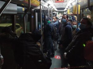 Affollamento in bus Milano